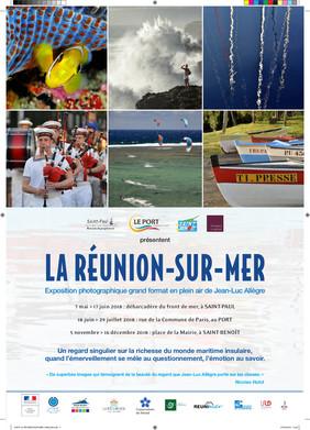 Affiche de l'exposition La Réunion-sur-Mer, présentant 6 photos sur sa moitié supérieure et les informations en-dessous